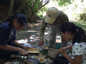 竹細工の様子